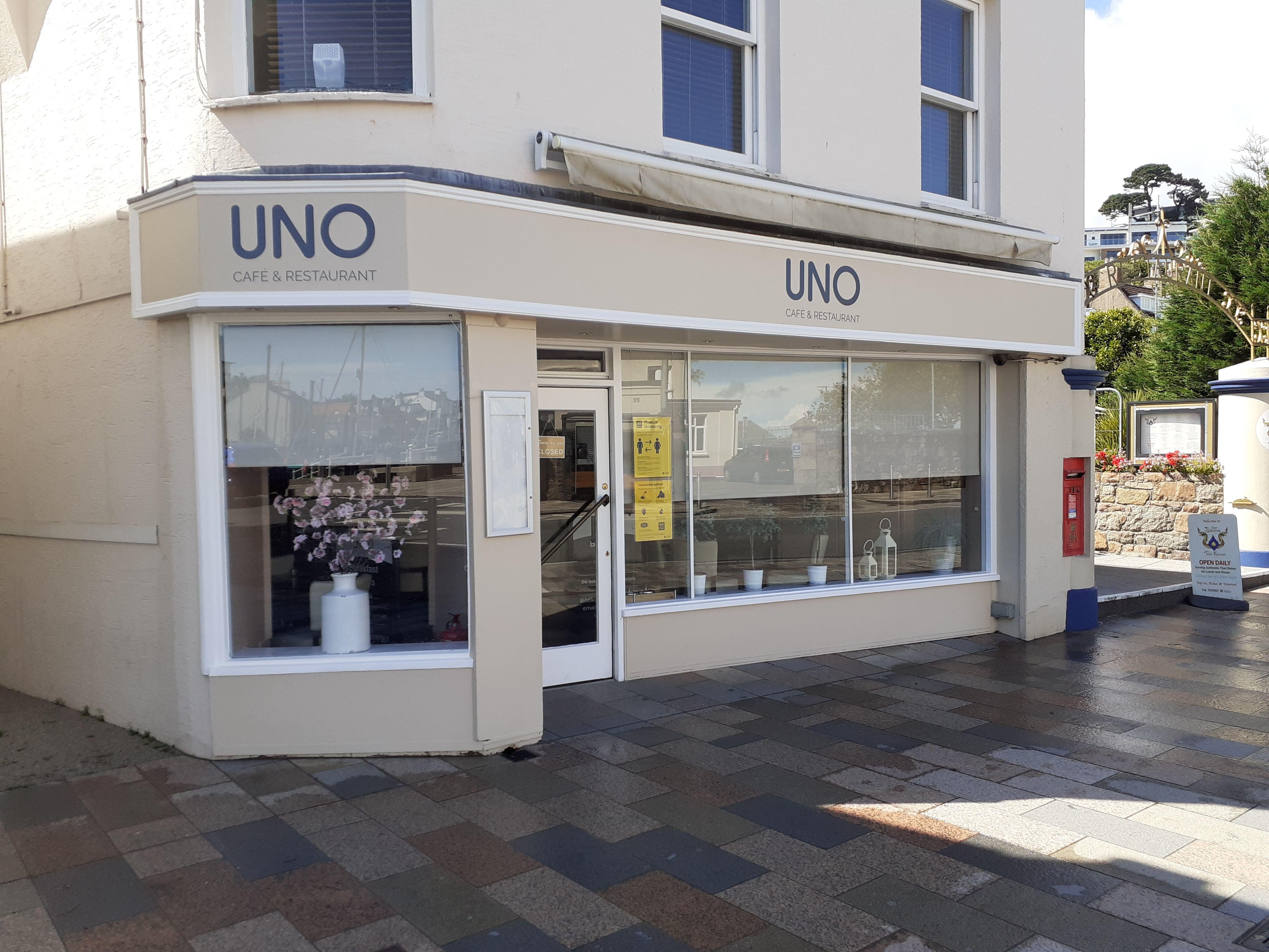 Uno Cafe & Restaurant
