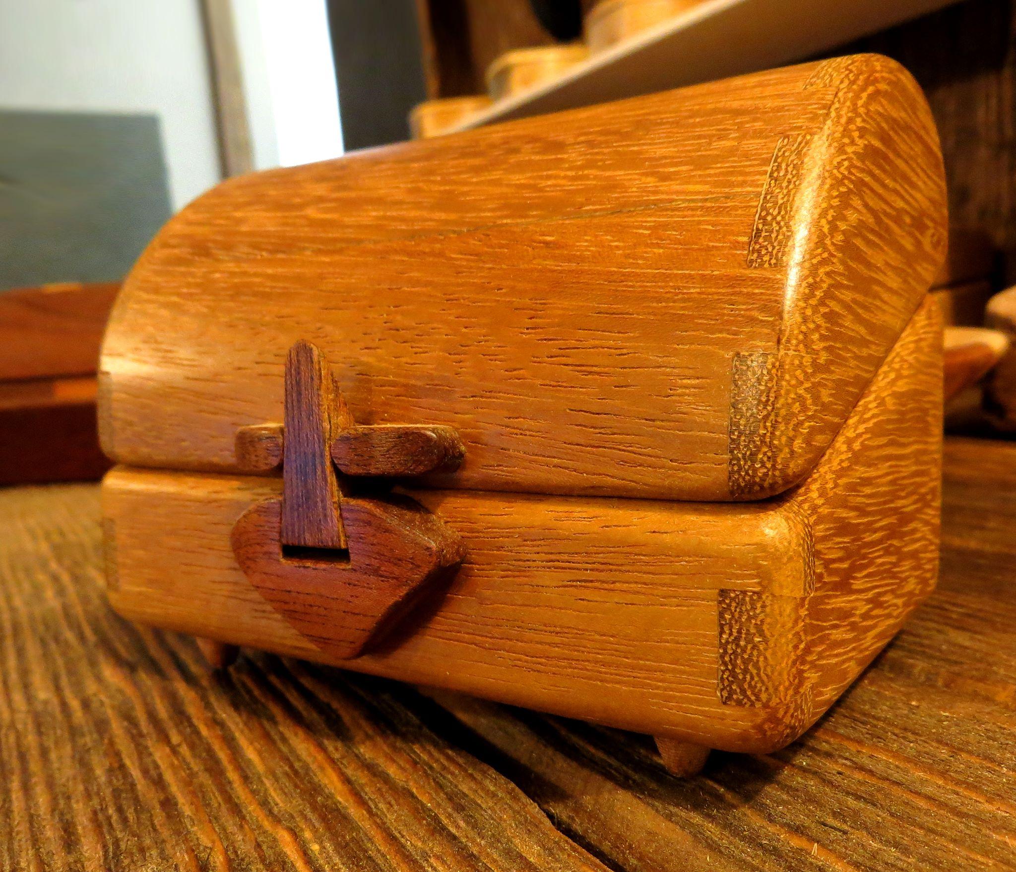 R A Design Woodwork